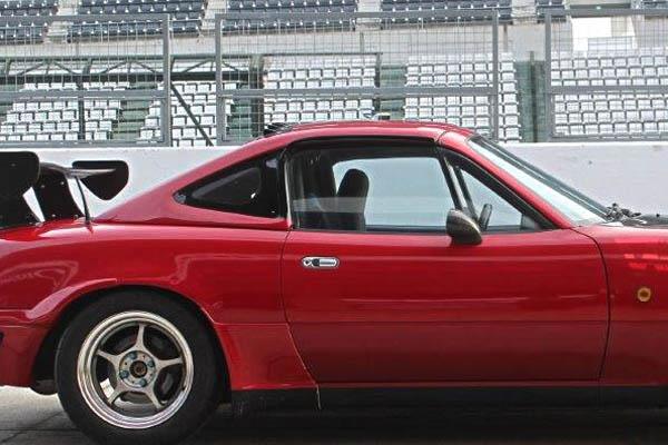 Garage Vary Hard Top (FRP) For Mazda Miata (NA)